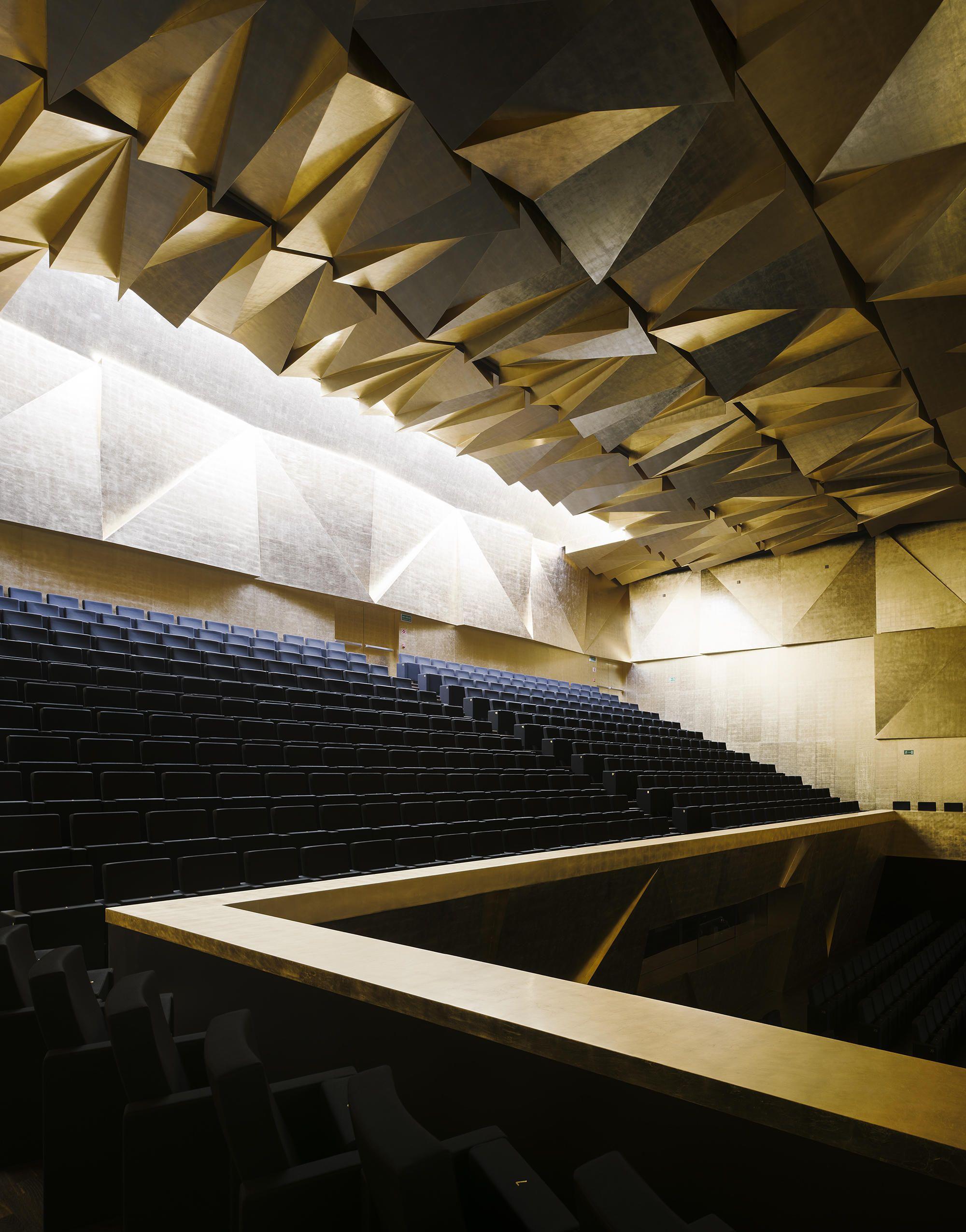 Philharmonic Hall In Szczecin By Barozzi Veiga Concert Halls In 2020 Concert Hall Theatre Interior Szczecin