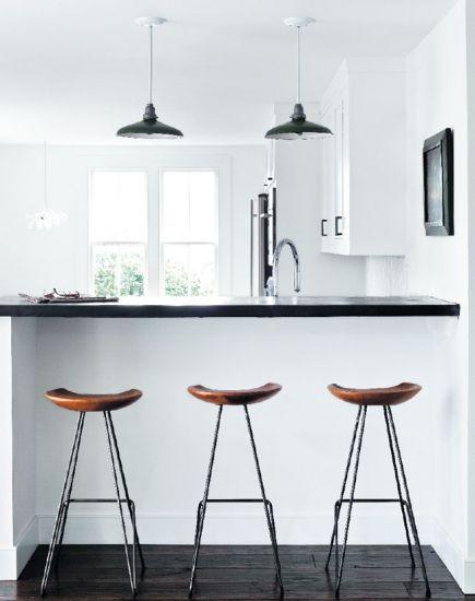 Tour a Light and Contemporary Home in Bridgehampton | Banquetas ...