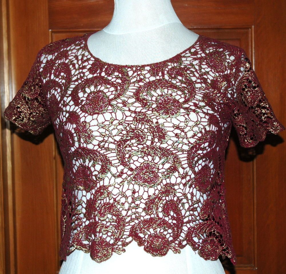 2b Bebe Women's SS Foiled Crop Crochet Scallop Top Berry and Gold S $32.95 NWT #2bbebe #LaceKnitTop #Multi