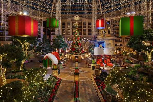 Bigger in Texas 10 all-out holiday spectacles in Dallas-Fort Worth