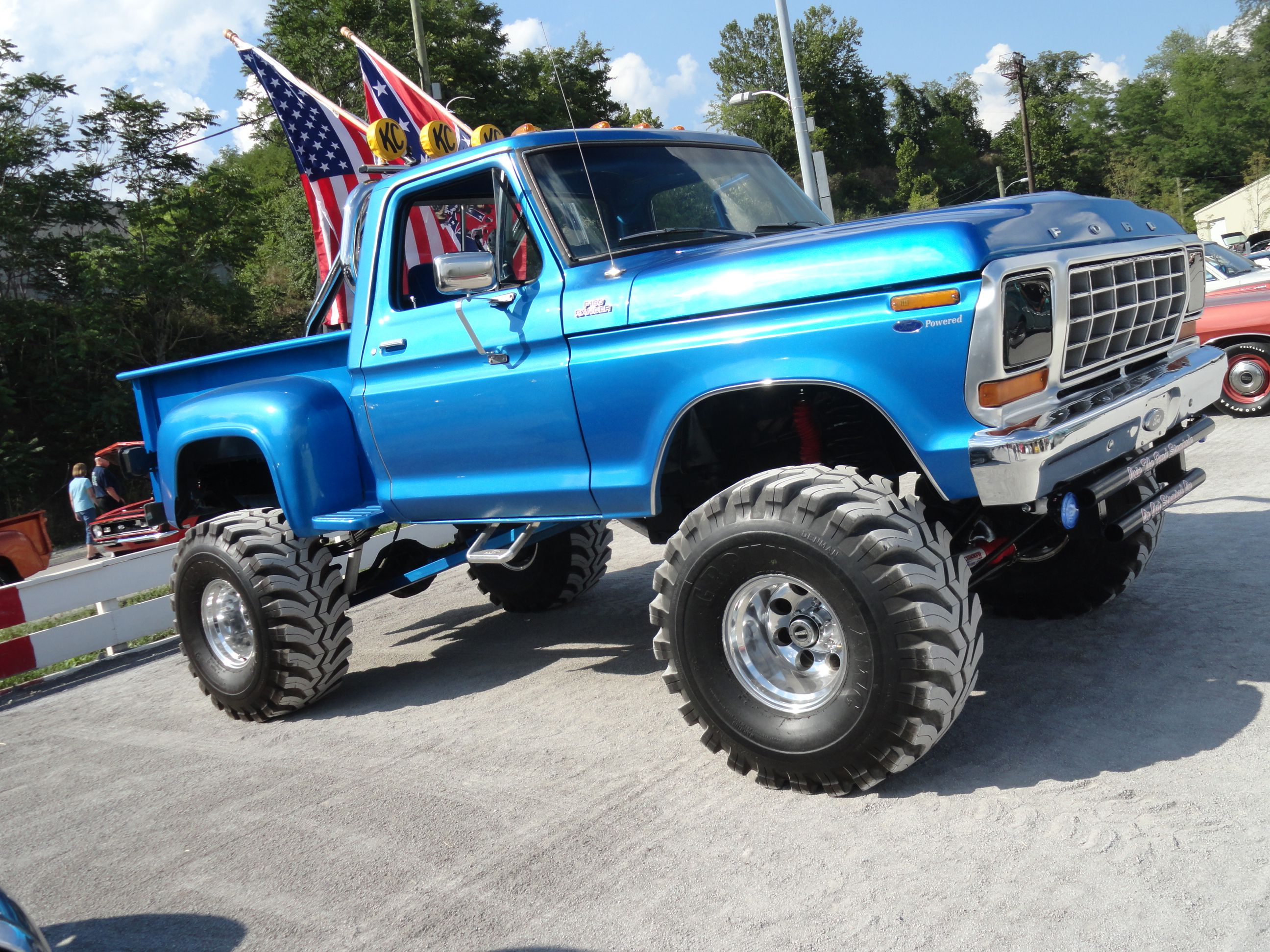f ol trucks big at a heart test is duty ford super drive
