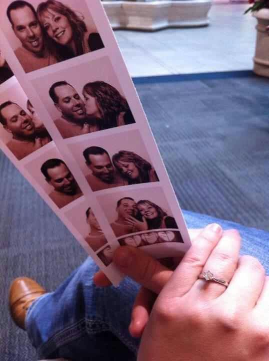 Propose in a photo booth!!