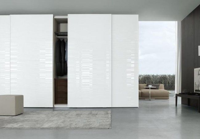 Jesse Garde-robe Plurimo avec portes coulissantes Garde-robe