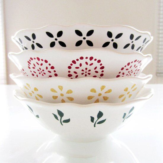 Ceramic Bowls Painted With Stencils Dishwasher Safe Kitchen Crafts Diy Creative Christmas Crafts Christmas Decor Diy