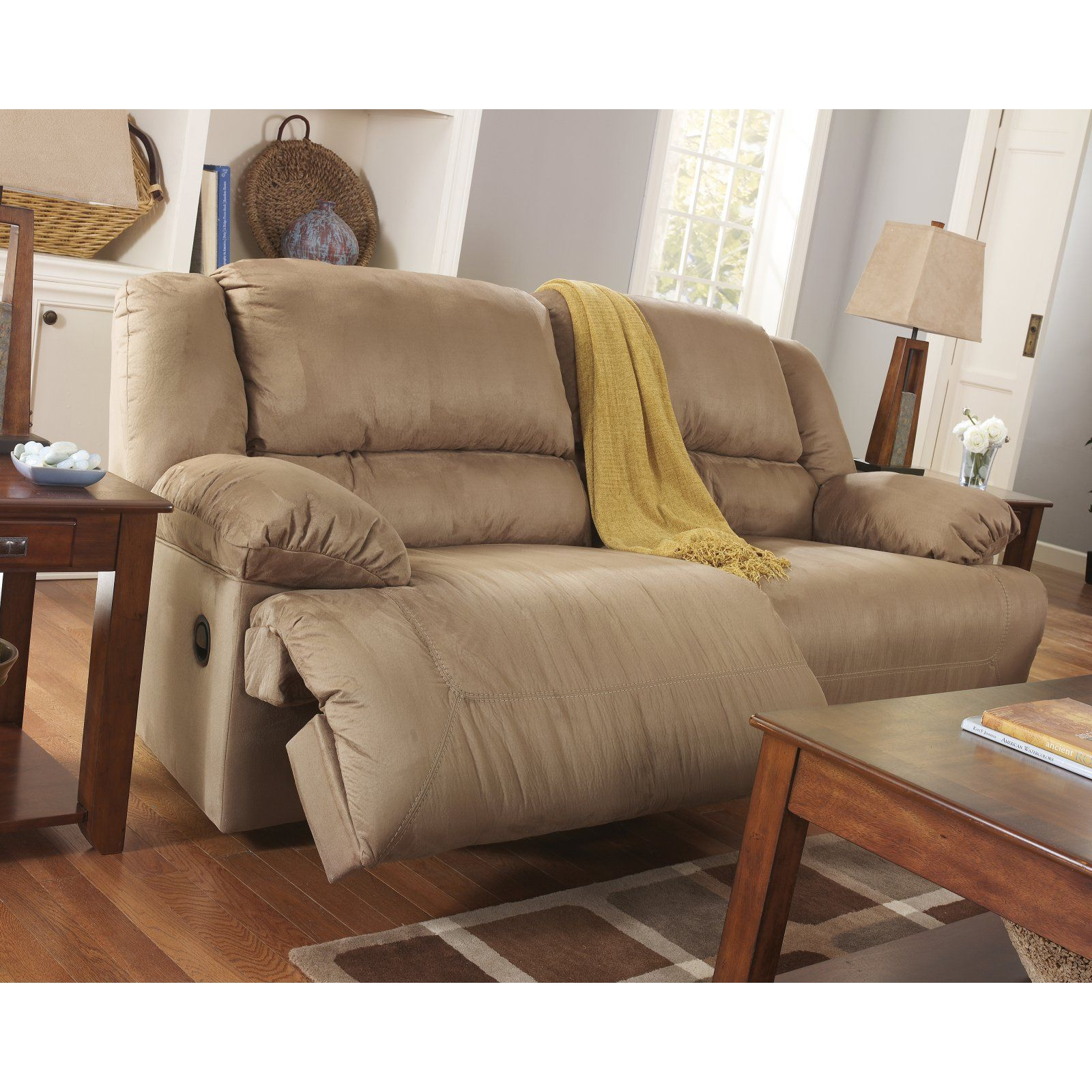 Signature Design By Ashley Hogan Reclining Sofa In 2020 Reclining Sofa Living Room Sofa Ashley Furniture Sofas