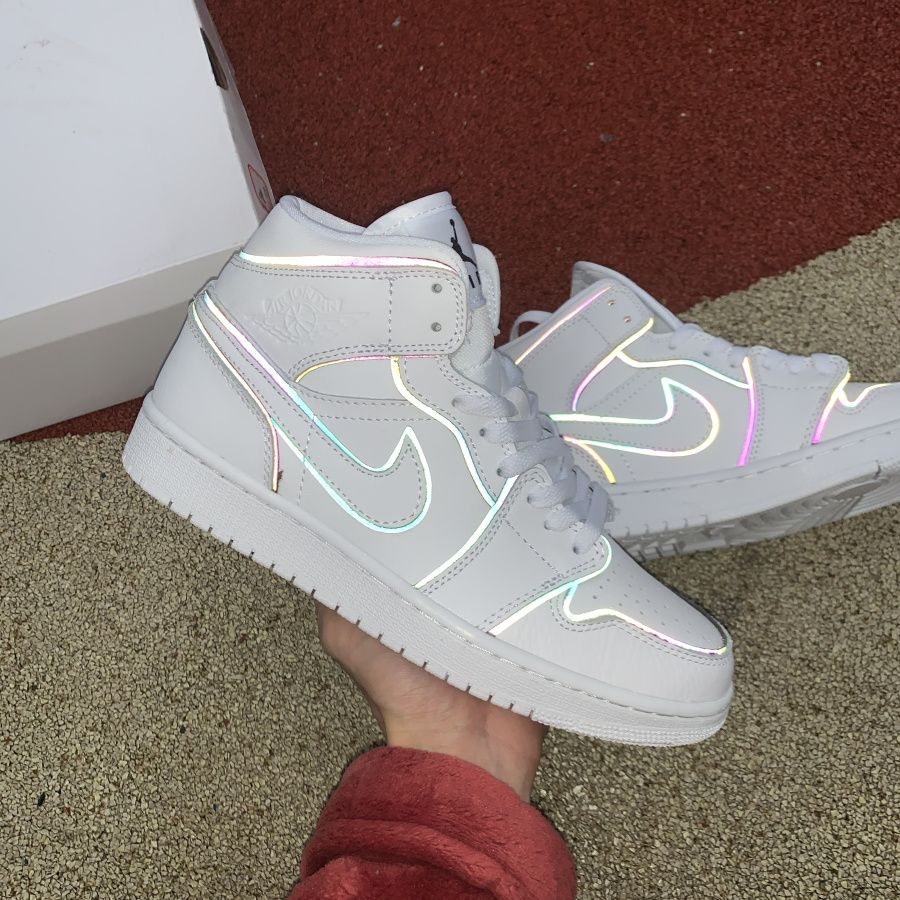 Nike Air Jordan 1 Mid Iridescent Reflective White CK6587