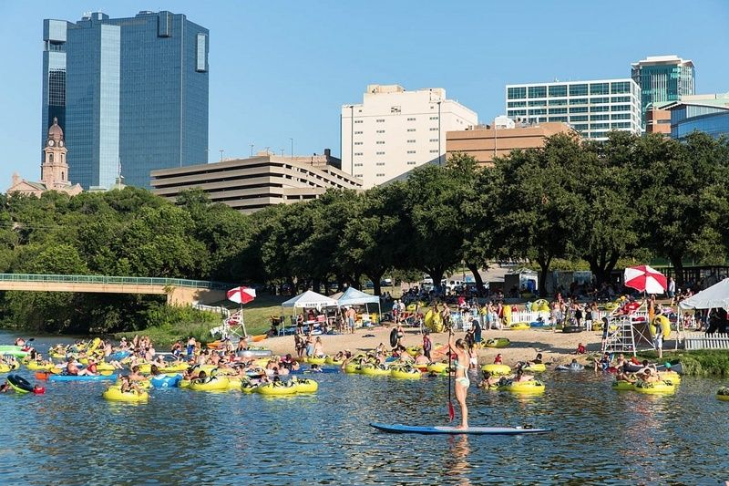 Rockin' the River every Thursday on Trinity River at Panther