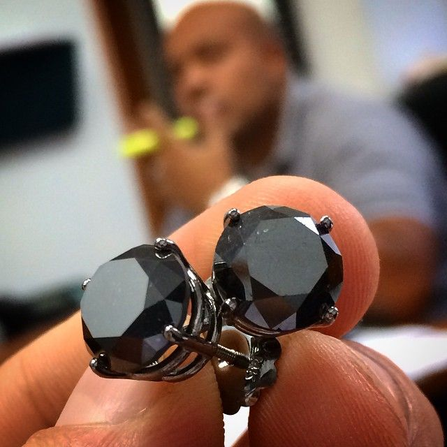 These Huge 10 Ct Black Diamond Earrings For Men Is Available At Traxnyc Jewelry Store Black Earrings Men Mens Diamond Earrings Stud Earrings For Men