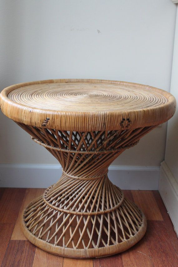 """Vintage Rattan Wicker Round Table, Coffee Table, Night Stand, Side Table, 22"""" Diameter, Natural ..."""
