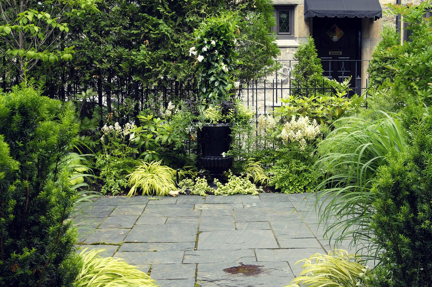 Hodgins and Associates - Landscape Design Services | Hodgins and Associates Landscape Architects - Montreal, Canada - Professional services certified by the APPQ.