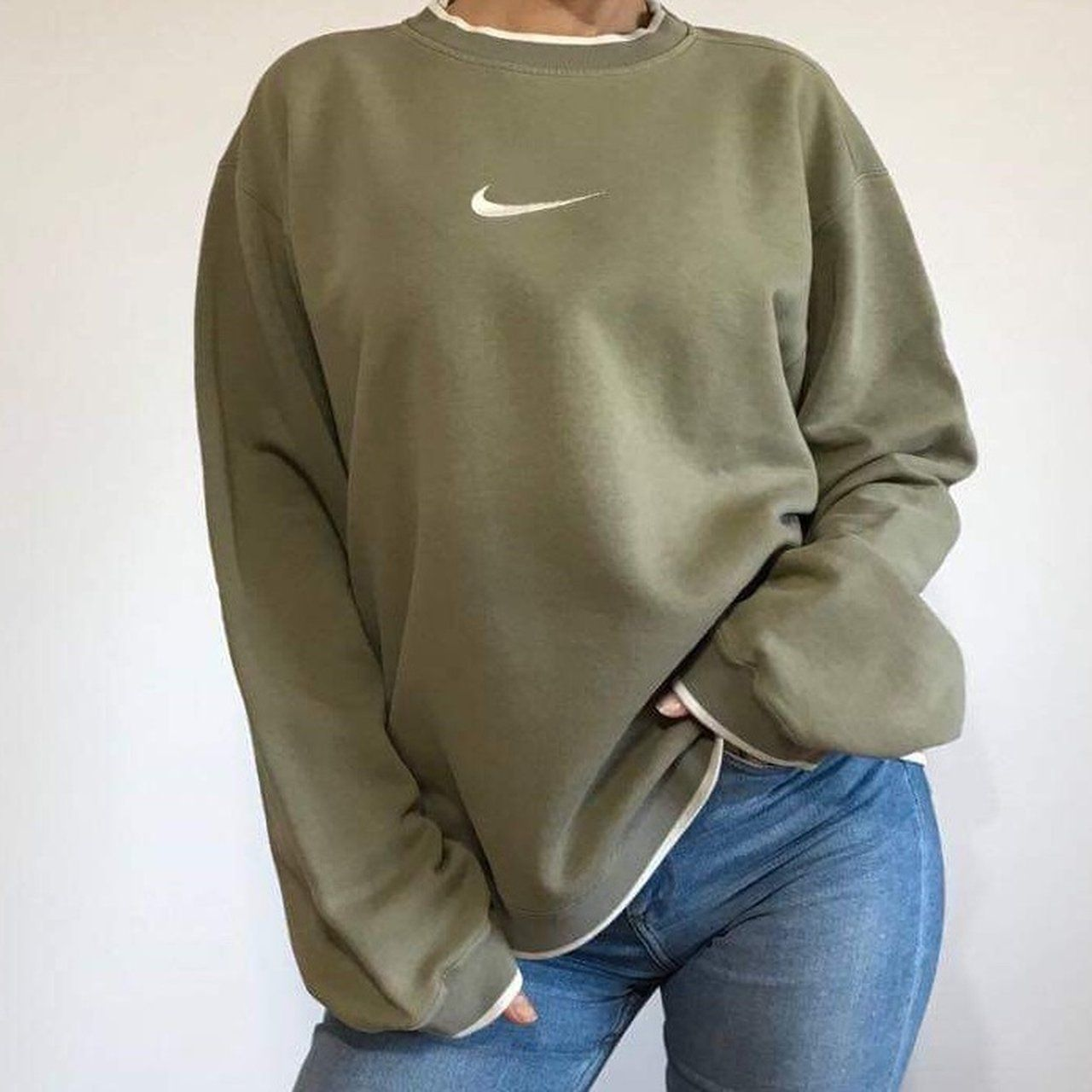 Unisex Nike Sweatshirt Megss Stone Size L Worn On Size Uk Depop Vintage Nike Sweatshirt Sweatshirts Vintage Sweatshirt [ 1280 x 1280 Pixel ]