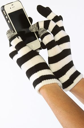 The Magical Gloves in Black and White  by Vans #MissKL #SpringtimeinParis