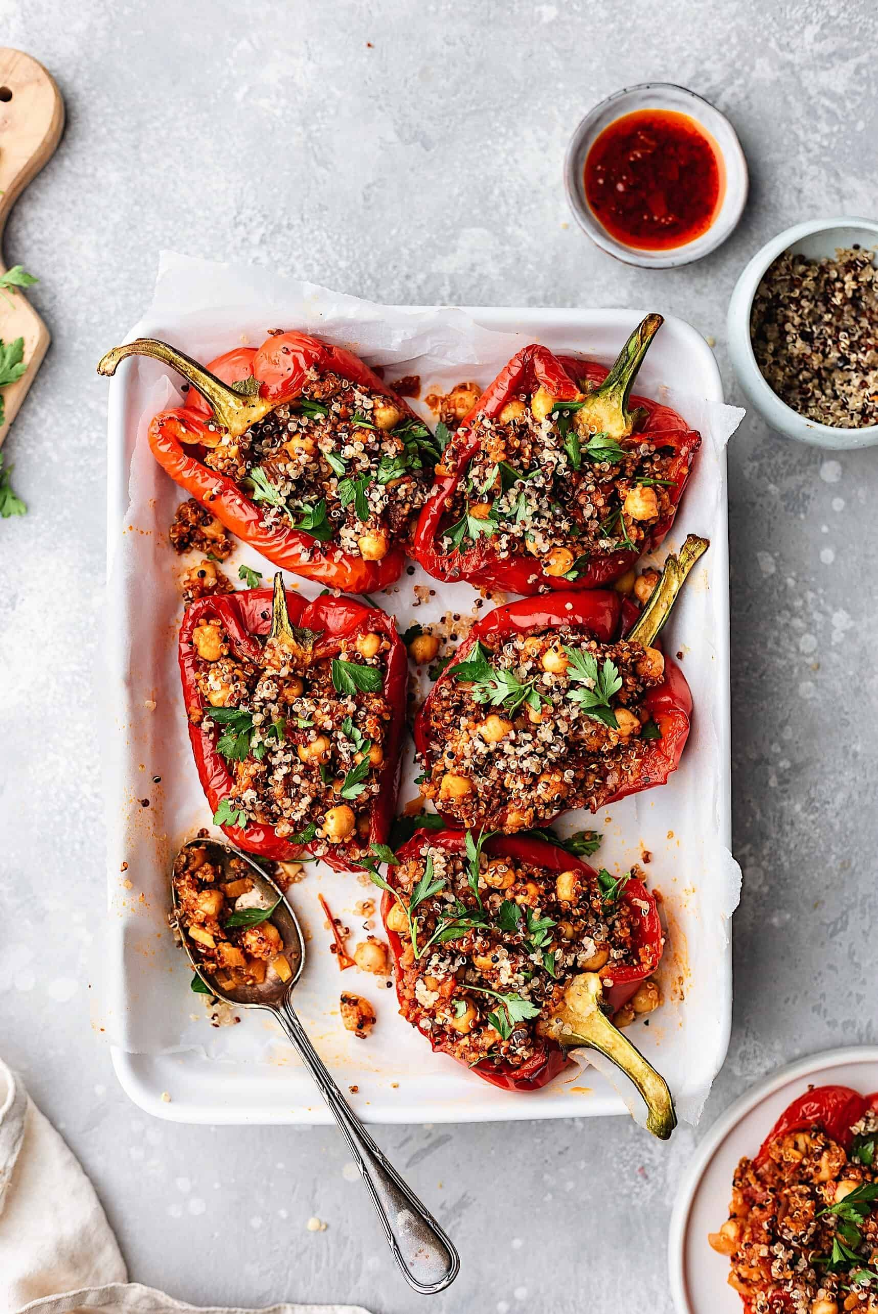 Chickpea and Quinoa Harissa Stuffed Peppers – Cupful of Kale