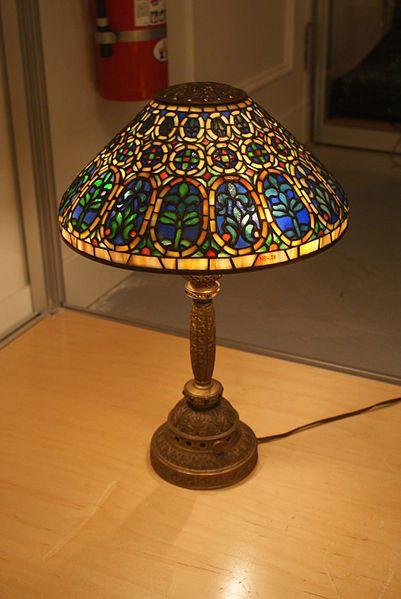 A Tiffany Studios Quot Venetian Quot Small Desk Lamp With A 13