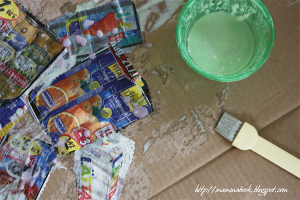 Three indoor toddler activities with food colouring: coloured glue