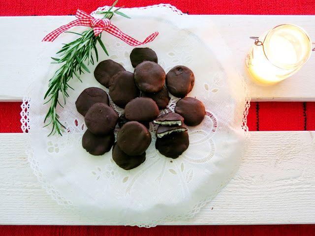 Antipastaa: Suklaakuorrutteiset piparminttunapit (munaton, mai...