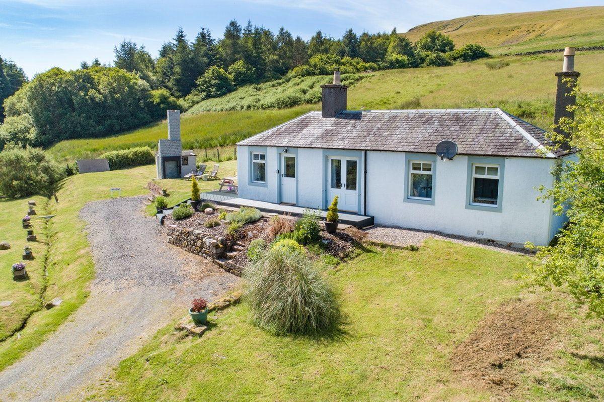 Miraculous Brae Cottage Stylish Scottish Cottage With Amazing Views Download Free Architecture Designs Scobabritishbridgeorg