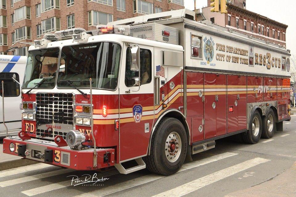 Fdny Rescue 3 Da Bronx Fire Trucks Fdny Fire Service
