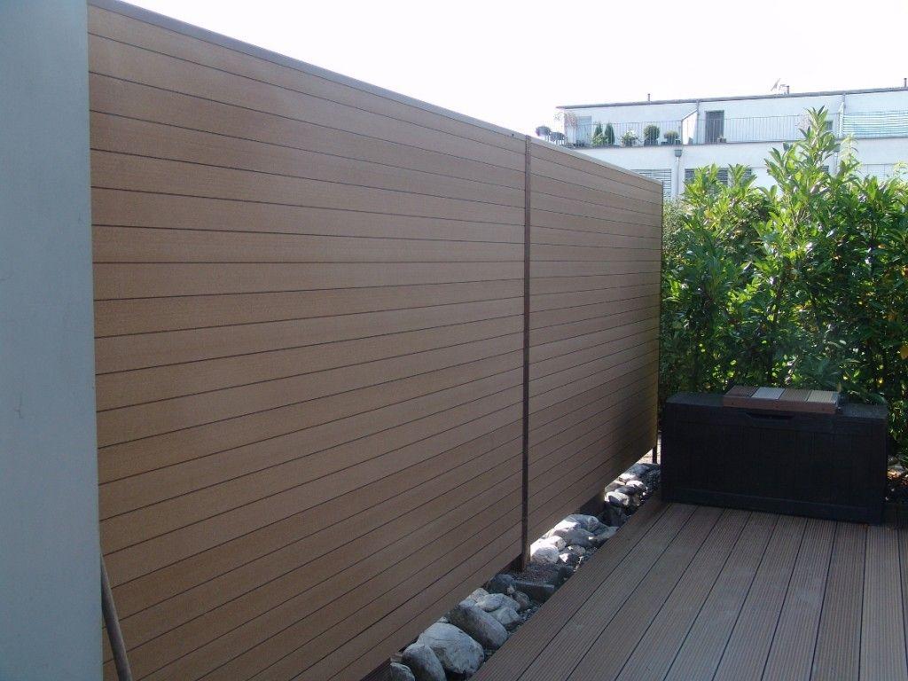 Unser Wpc Sichtschutz Mehr Nur Als Ein Zaun Mit Bildern Gartenspaliere Zeitgenossische Garten Sichtschutz Garten