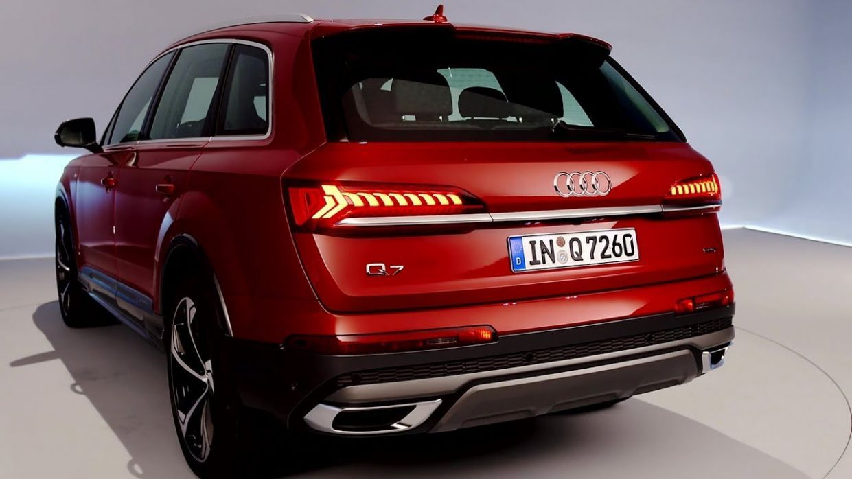 2020 Audi Q7 Three Row Crossover Costs 55 795 To Start In 2020 Audi Q7 Audi Audi Q7 Price