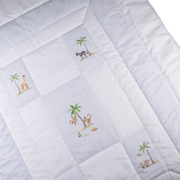 baby quilt on safari