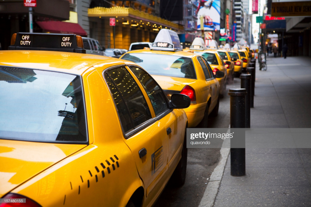 Big Line of Yellow Taxis in New York City in 2020 Taxi