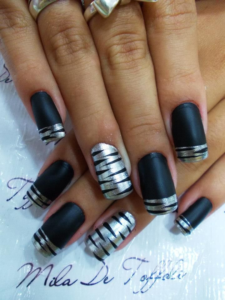 matte black and silver. perfect
