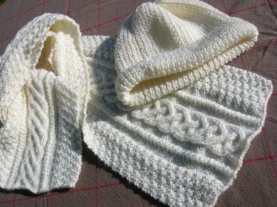 photo tricot modele gratuit tricot echarpe torsade 11   accessoires ... cf07652d68f