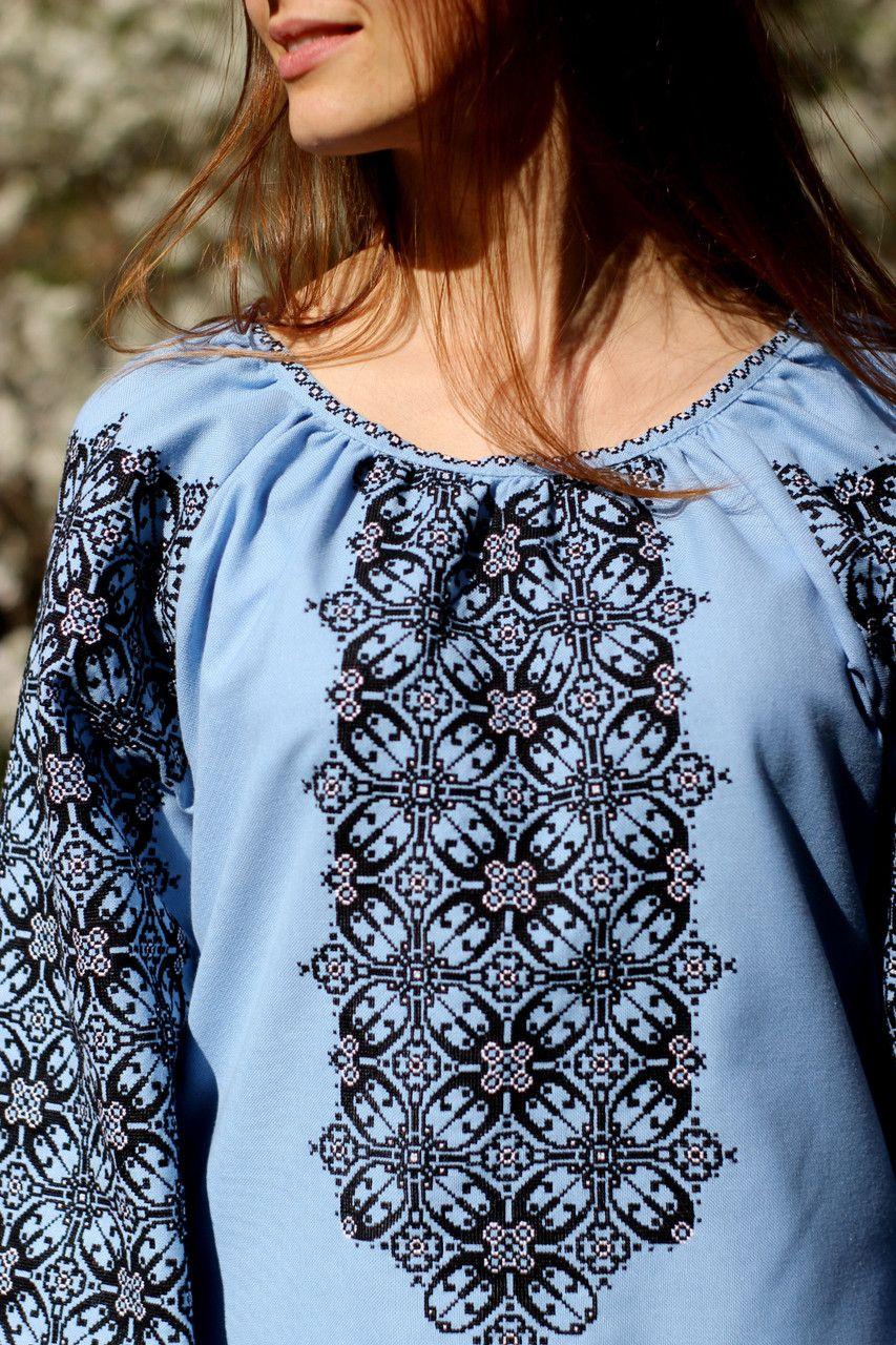 bb59120639a0b6 Оригінальна жіноча вишиванка блакитного кольору ручної роботи - Інтернет- магазин вишиванок для всієї сім'ї в Тернопольской области