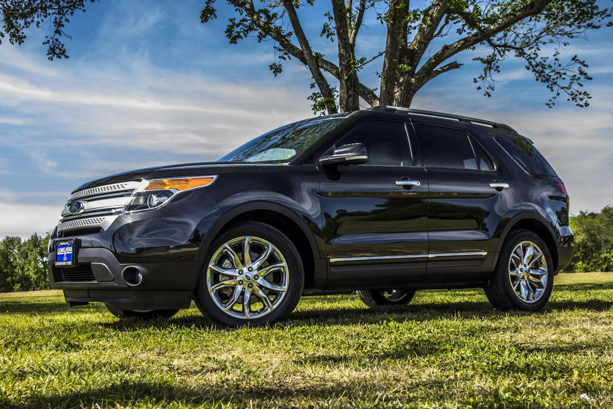 Beautiful Scenery Including The 2014 Ford Explorer Xlt Fordexplorer