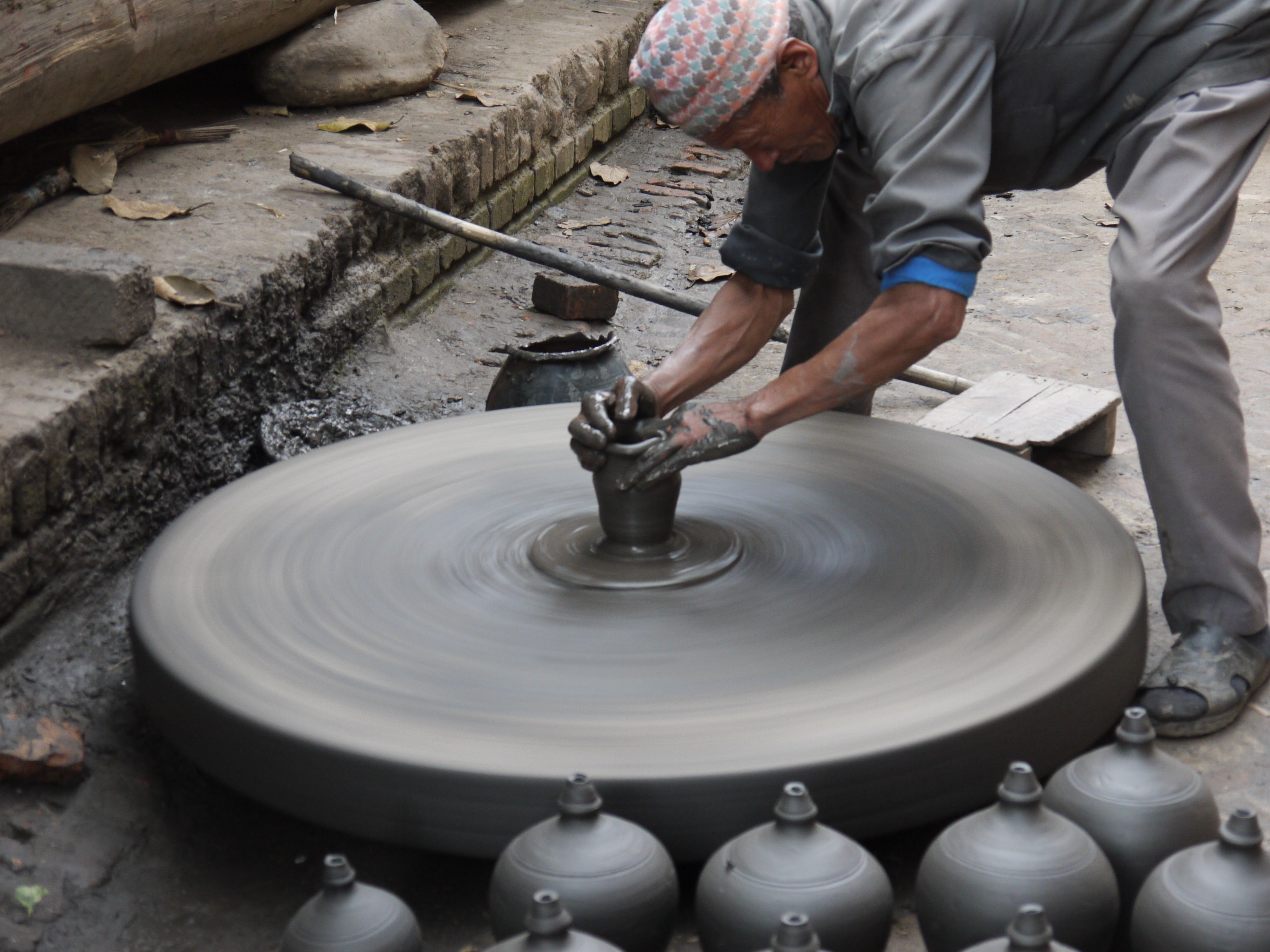 Ancient Chinese Pottery Wheel in Nepal | Pottery wheel ... |China Pottery Wheel