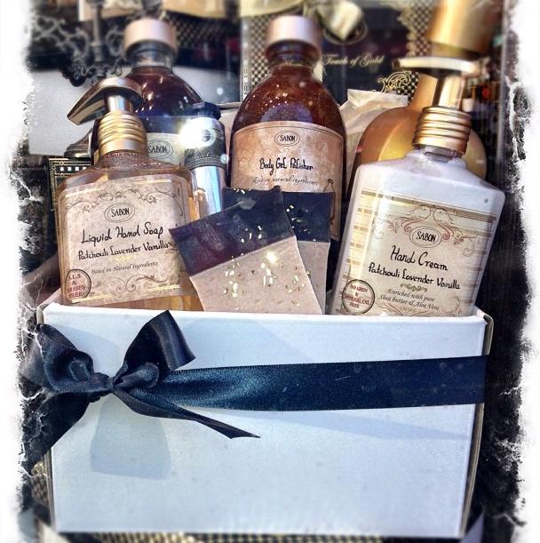 A gift idea @ Sabon - The Patchouli Lavender Vanilla mix - My absolute favorite Sabon smell!!!!