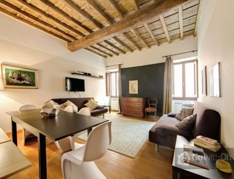 This elegant 120 m2 apartment has been designed to sleep up to 8 people. The spacious and comfortable accommodation is located on the first floor (without a lift) of a small XVIII century building....