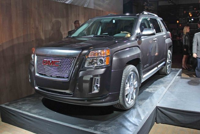 The 2013 Gmc Terrain Denali Is Expected Will Make Its Public Debut At The 2012 New York Auto Show In April And Go On Sale Later Terrain Denali Gmc Terrain Gmc
