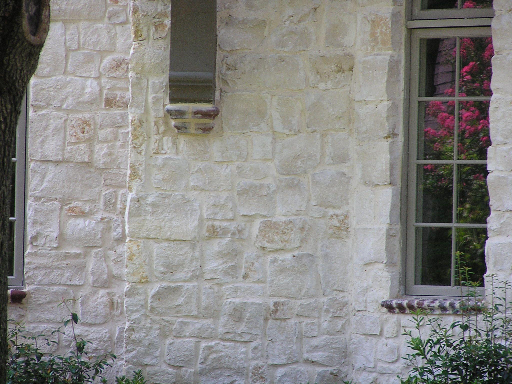 Granbury Champagne Natural Limestone Full Size Or Thin