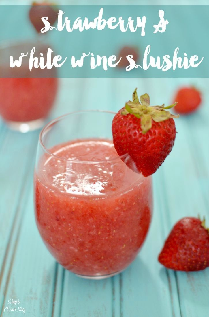 Strawberry and White Wine Slushie - this delicious summer beverage is sure to help you beat the heat!