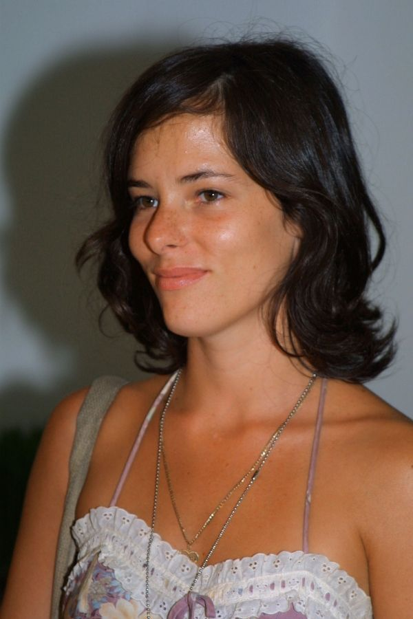 Parker Posey So Tan