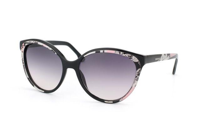 Diesel, ein herrlich markanter und individueller Rahmendesign. Just great sunglasses.