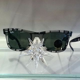 7f15d80f8 Limited edition Ray-Ban.   in store: Sunglasses   Ray bans ...