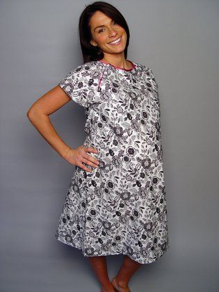 Cute hospital gown... make and give to expecting moms   Crafts ...