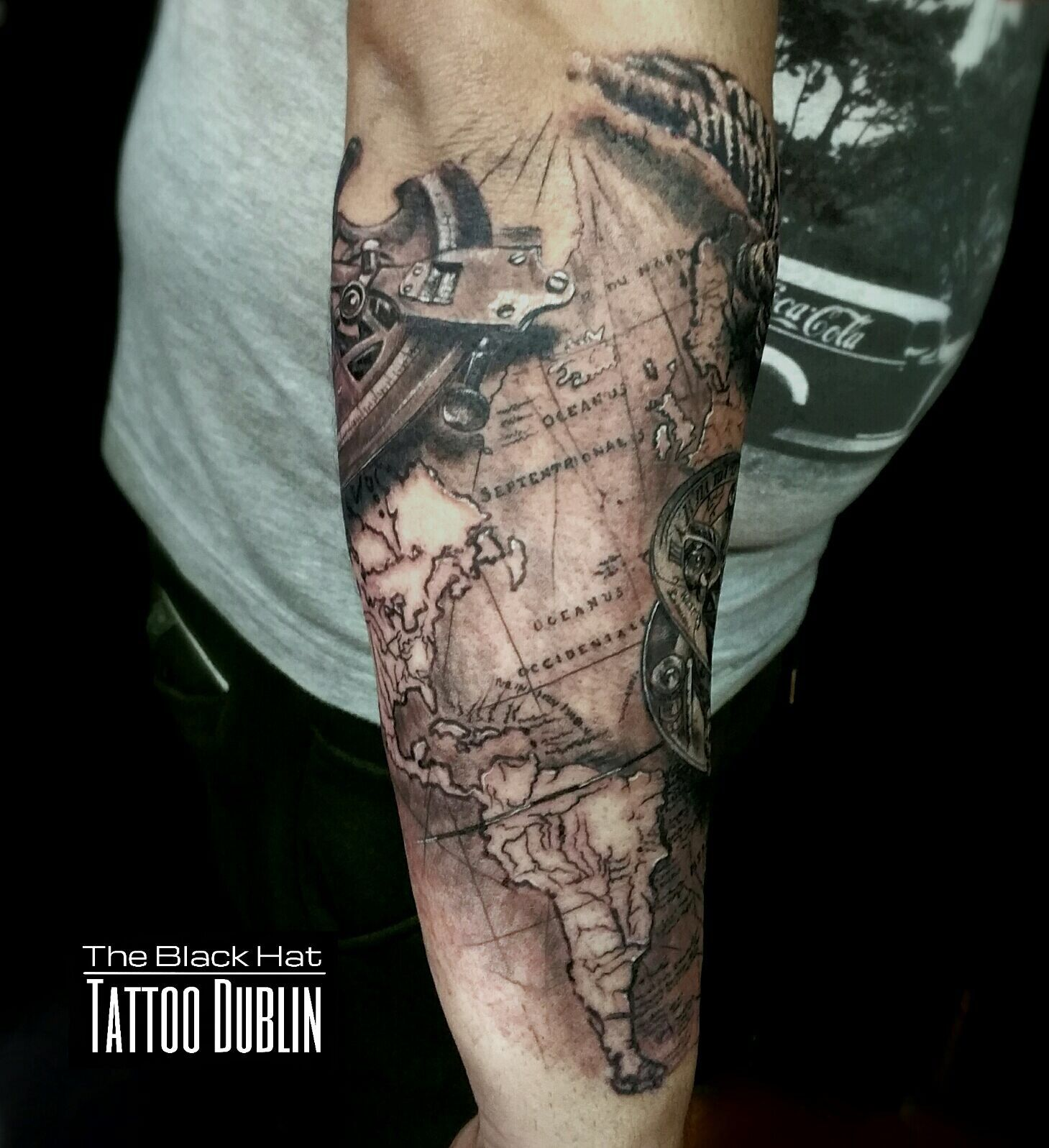 Second part of this amazing compass and world map tattoo sleeve by second part of this amazing compass and world map tattoo sleeve by the ink master sergy gumiabroncs Gallery
