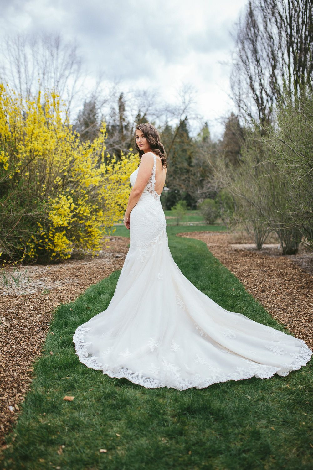 Joe Valerie Wedding Barrister Winery Spokane Wa Hannah Victoria Photography Wedding Gowns Lace Modern Bridal Gowns Classic Wedding Gowns