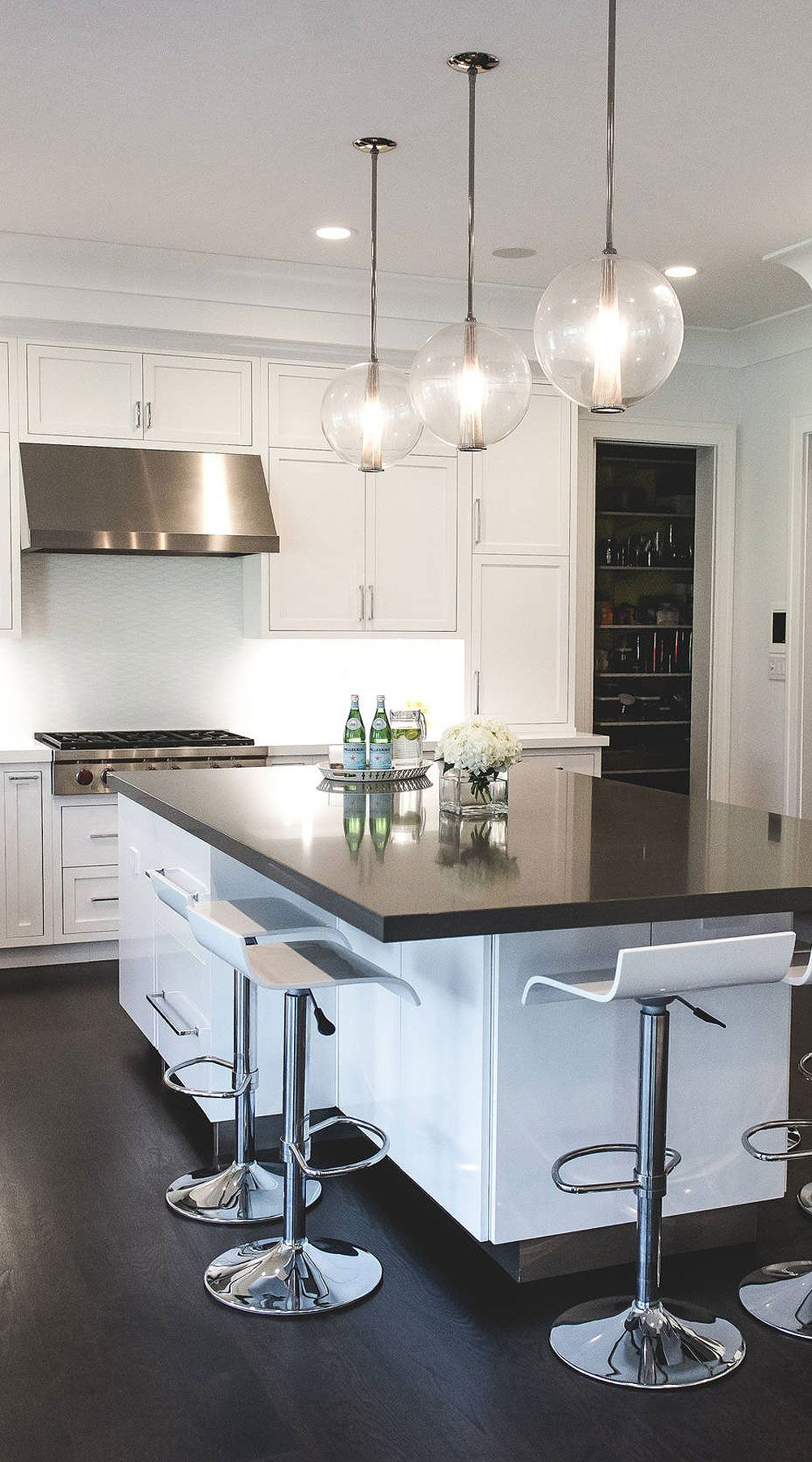 50+ Black Countertop Backsplash Ideas (Tile Designs, Tips ... on Backsplash Ideas For Black Countertops  id=53751