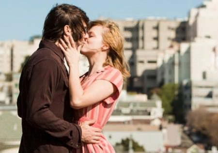 How To Kiss For The First Time To A Boy Or A Girl Romantic