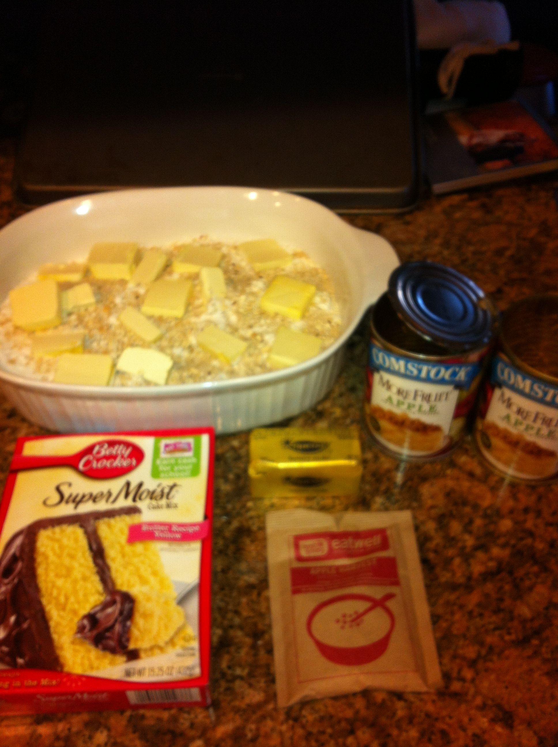 Apple Crumb Cake Aka Dump Cake 2 Cans Apple Pie Filling