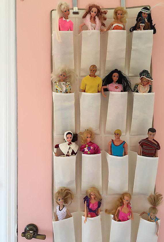 Barbie storage in harper 39 s bedroom kinderzimmer - Barbie kinderzimmer ...