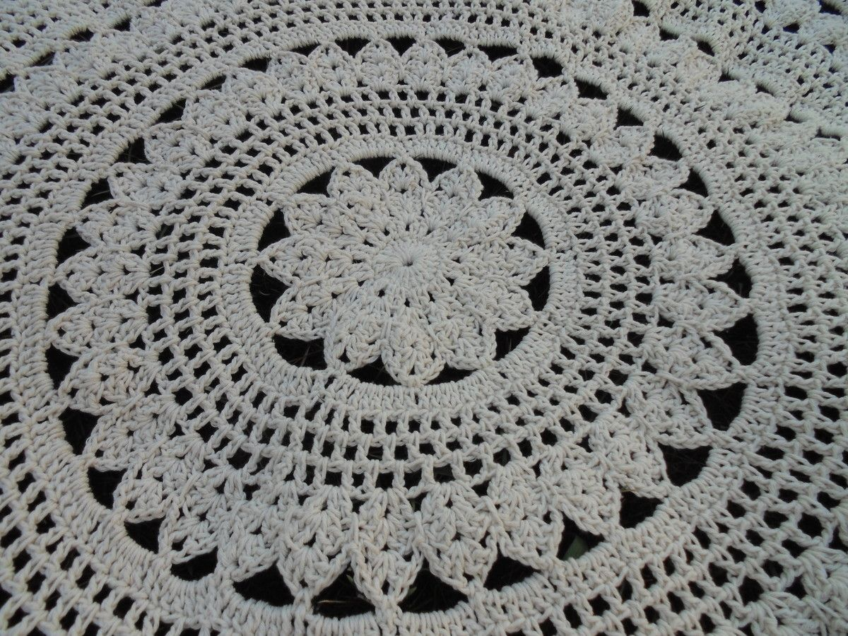 Tapete Cru Redondo 1 30 M Mesas Lisa And Crochet -> Tapete Para Sala De Barbante Redondo