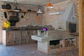 Risultati immagini per cucina rustica con camino | Camini ...