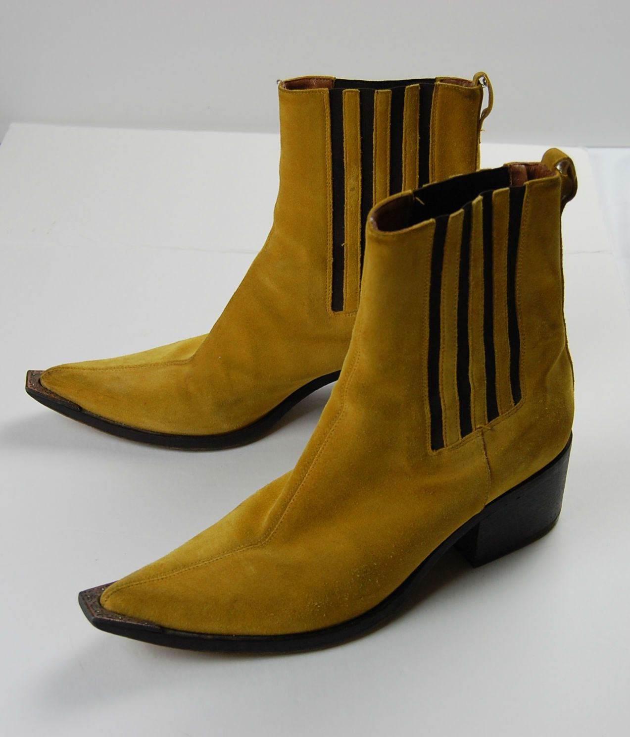 d25b55fdf Vintage Mustard Yellow Suede Ankle Boots 8.5 Medium by HoneyVelvetVintage  on Etsy