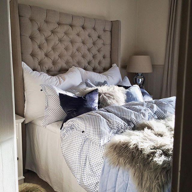 Ha en god natt alle IGvenner #homemade #headboard #DIY  #livingstyle #interior4you #interior4all #inspiration #inspohome #interiør #interiordesign #interior #interiors #roomforinspo #roominterior #hashtag #myhome #mitthjem #design #homedesign #homedecor #homeinterior #instahome  #nordicinspiration #tipstilhjemmet #decor #florence #GANT #interior123 #nordicdesign #living